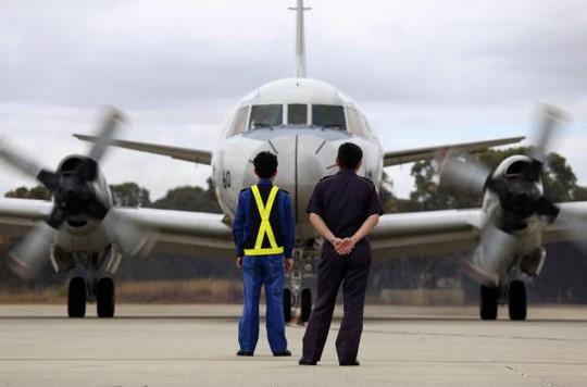 Nhật Bản điều máy bay đi tìm kiếm MH370. Ảnh: reuters