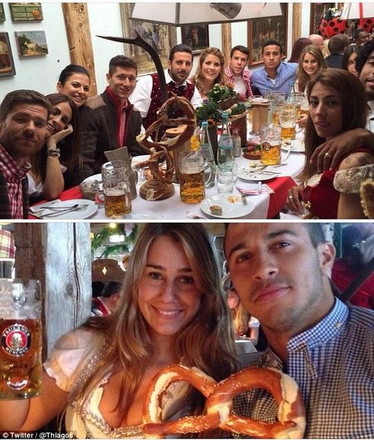 Thiago Alcantara dự lễ cùng bạn gái