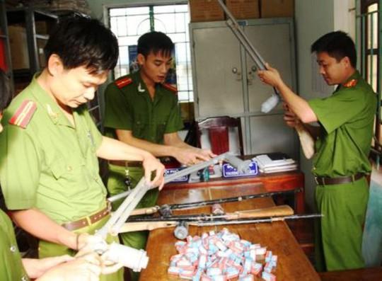 Số súng cồn được công an huyện Bá Thước - Thanh Hóa thu giữ