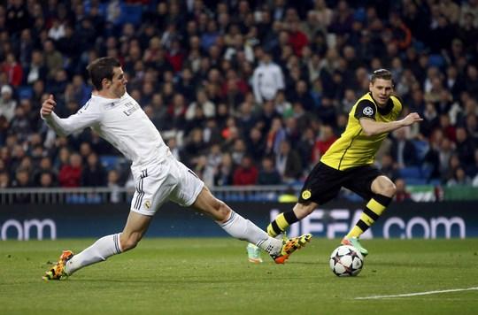 Gareth Bale mở tỉ số cho Real