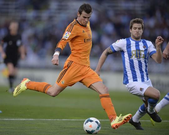 Gareth Bale đang có một mùa giải ấn tượng với đội bóng mới Real khi ghi được nhiều siêu phẩm