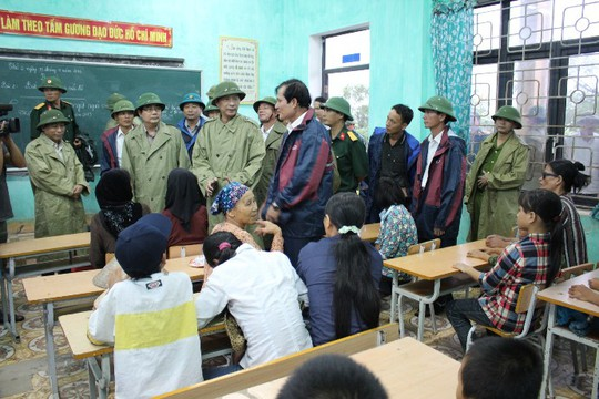 Bộ trưởng Cao Đức phát kiểm tra công tác phòng, chống bão tại Quảng Ninh