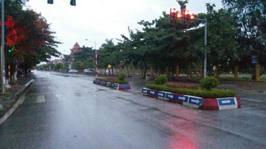 Mới 18 giờ thị xã Quảng Yên (Quảng Ninh) đã không một bóng người
