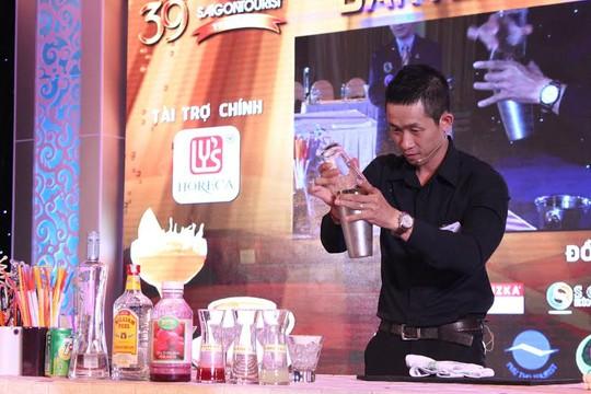 CNVC-LĐ tham gia hội thi tay nghề bartender do Công đoàn TổngCông ty Du lịch Sài Gòn tổ chức