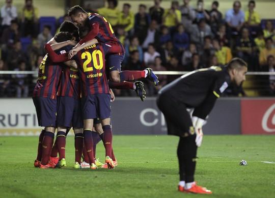 Barcelona vẫn nuôi hy vọng bảo vệ ngôi vô địch dù kém Atletico Madrid 4 điểm khi La Liga chỉ còn 3 vòng đấu