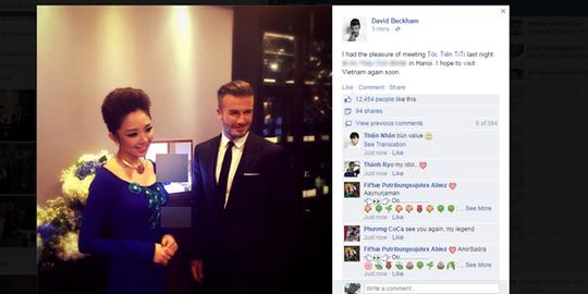 Beckham đưa bức ảnh chụp cùng Tóc Tiên lên Facebook của anh