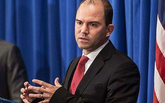 Phó cố vấn an ninh quốc gia Mỹ Ben Rhodes