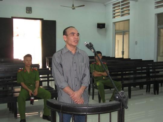 Bị cáo Tô Văn Hậu trước vành móng ngựa.