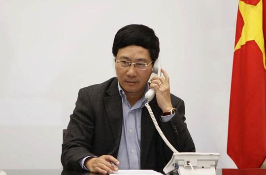 Phó Thủ tướng, Bộ trưởng Ngoại giao Phạm Bình Minh điện đàm