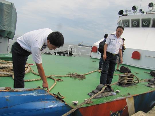 Tàu Cảnh sát biển hỏng nặng, cập cảng sửa chữa