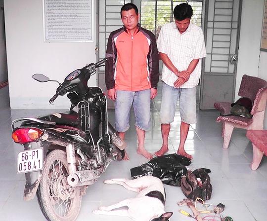 Hai đối tượng trộm chó bị bắt cùng tang vật