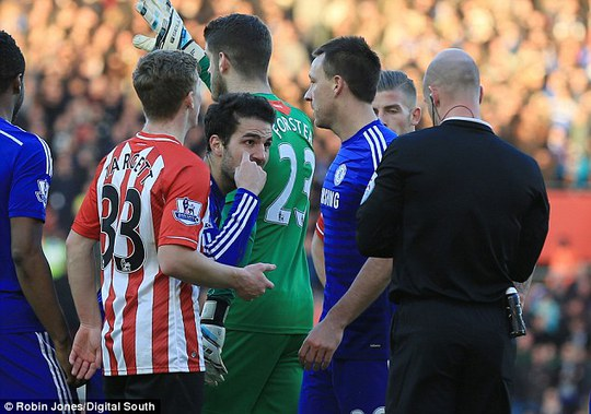 HLV Mourinho: Có chiến dịch chống lại Chelsea!