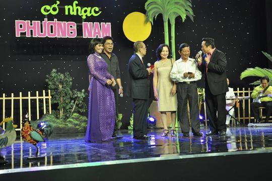 Những lời chúc mừng của nghệ sĩ đồng nghiệp dành cho nghệ sĩ Văn Chung trong chương trình Cổ nhạc phương nam