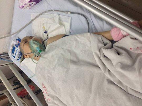 Bà D. điều trị sau khi bị cắt chân