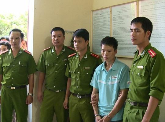 Trần Xuân Trình bị bắt khi đang lẩn trốn tại huyện Chư Sê, tỉnh Gia Lai. Ảnh: CTV