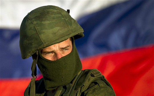 Lính Nga tại Crimea. Ảnh: AP