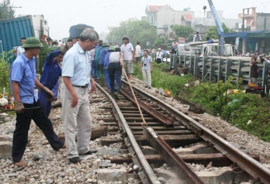 Hiện trường vụ tai nạn tàu hỏa rạng sáng ngày 19-9