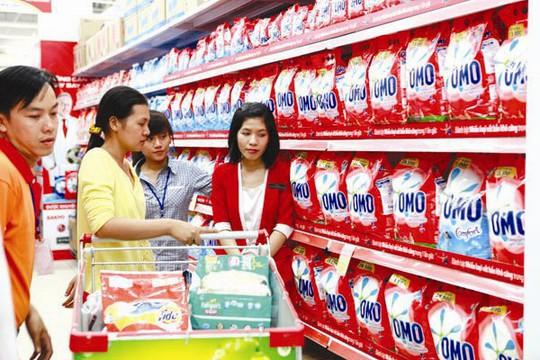 Mở mắt ra là thấy sản phẩm, hàng hóa của doanh nghiệp có vốn đầu tư nước ngoài. Ảnh: THANH TAO