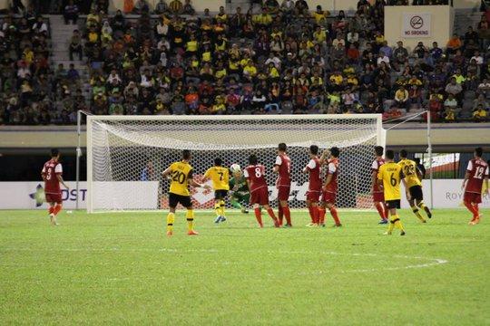 Bàn cân bằng tỉ số của U22 Brunei