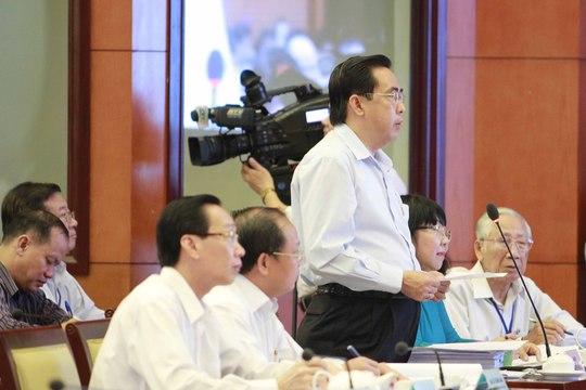 Đại biểu Nguyễn Văn Lâm chất vấn Giám đốc Sở GTVT