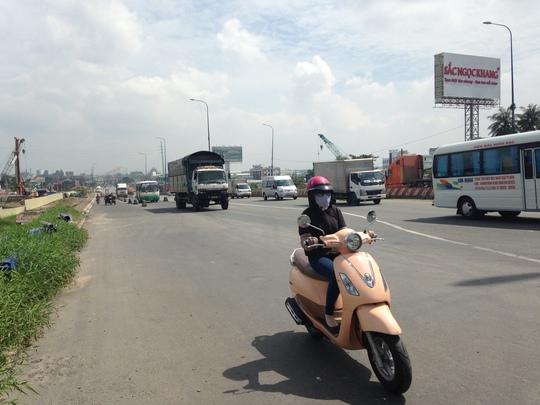 Xa lộ Hà Nội, đoạn qua ngã tư Thủ Đức – Lê Văn Việt (quận 9)