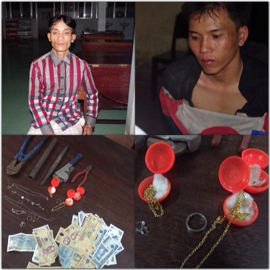 Hai đối tượng Trần Thái và Phan Trung Nghĩa (ngụ quận Bình Thuỷ, TP Cần Thơ) cùng tang vật bị công an bắt quả tang khi đang đột nhập vào nhà người dân ở quận Cái Răng trộm vàng và tiền vào ngày 7-7 vừa qua
