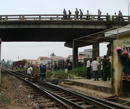 Hiện trường nơi xảy ra vụ tử tử trên đường ray tàu hỏa