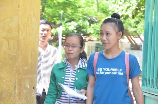 Thí sinh dự thi môn văn tại Hội đồng thi Trường Tiểu học Kim Đồng, TP Đà Nẵng