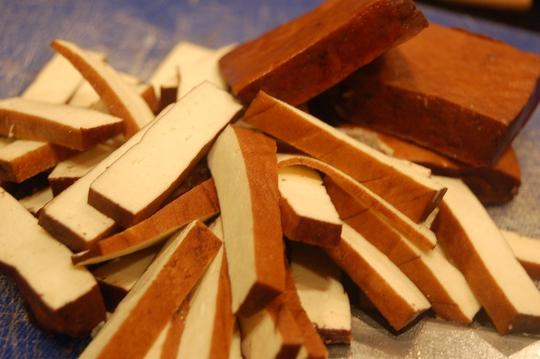 Rongalite giúp đậu hủ sáng và dai hơn