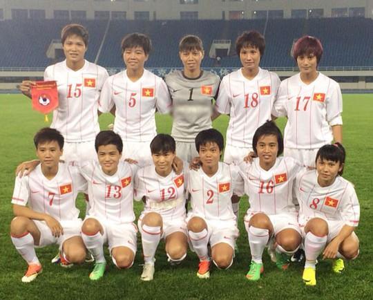 Các tuyển thủ Việt Nam trước giờ sang Hàn Quốc