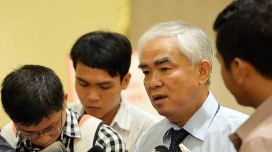 Chủ tịch VFF Lê Hùng Dũng kêu gọi người hâm mộ bình tĩnh