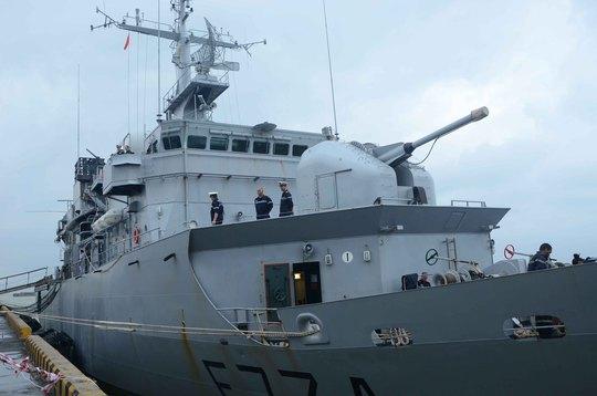 Trên tàu Vendémiaire có trang bị nhiều vũ khí hiện đại