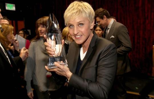 Ellen đã 13 lần đoạt giải Emmy với Thei Ellen DeGeneres Show