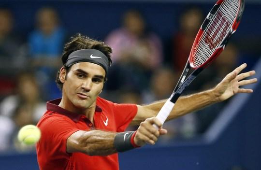 Roger Federer đứng trước cơ hội vô địch Thượng Hải Masters khi chỉ gặp tay vợt được đánh giá yếu hơn
