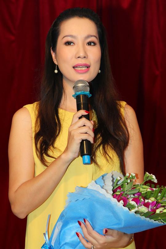 Trịnh Kim Chi cảm ơn các học trò