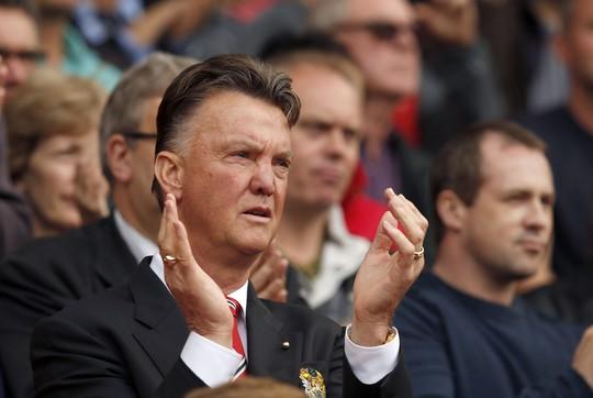 Dù thắng nhưng HLV Van Gaal không quá vui mừng vì QPR chưa là đối thủ xứng tầm với M.U