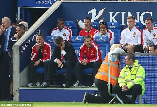 HLV Van Gaal thất vọng với các học trò của mình