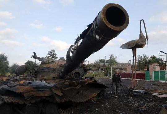 Tình hình chiến sự ở Ukraine căng thẳng, phía EU dọa sẽ tăng trừng phạt Nga. Ảnh: Reuters