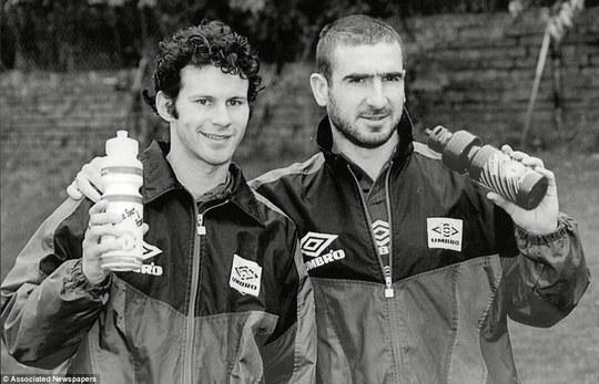 Giggs và Cantona năm 1995