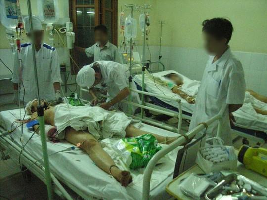 Một giang hồ đất cảng nhập viện cấp cứu Ảnh: K.Nga