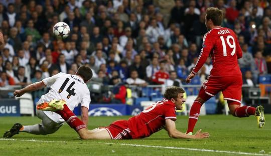 Hàng thủ Real đã đứng vững trước những đợt tấn công của Bayern Munich