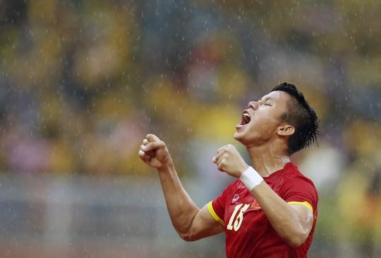 Đội trưởng Quế Ngọc Hải không hề lo lắng khi chung bảng với Thái Lan