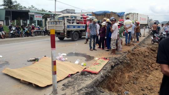 Bị xe tải cán qua, 2 mẹ con chị mến tử vong tại chỗ