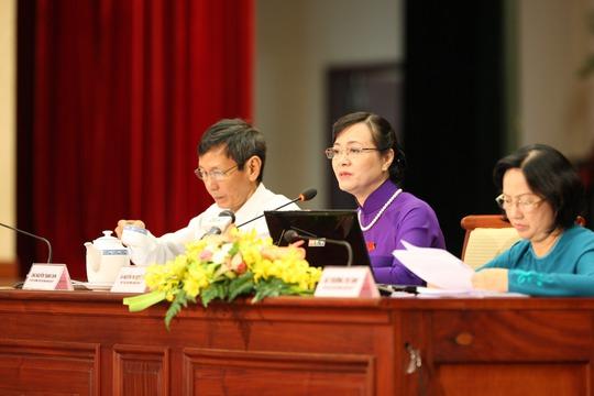 Bà Nguyễn Thị Quyết Tâm, Chủ tịch HĐND TP, tại buổi chất vấn kỳ họp HĐND sáng 10-7