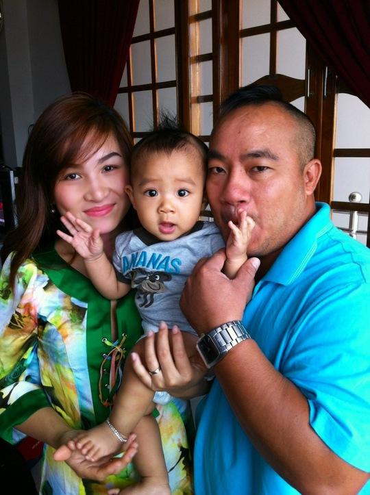 Gia đình hạnh phúc của Hiến Hiền. Ảnh do NVCC
