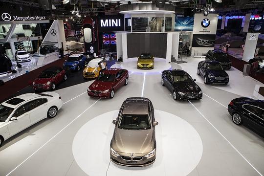 Cơn lốc ưu đãi với thế giới BMW và MINI tại Triển lãm Ô tô Việt Nam 214