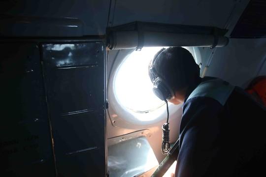 Chuyến bay hôm nay thực hiện hành trình bay khá dài với 1320km để bao quát một vùng biển rộng