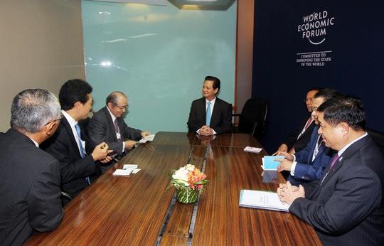 Thủ tướng Nguyễn Tấn Dũng làm việc với Chủ tịch tập đoàn Mitsubishi Motors