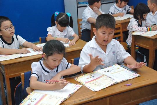 Học sinh học chương trình tiếng Anh Cambridge tại Trường Tiểu học Minh Đạo, Quận 5 - TPHCM. Ảnh: Tấn Thạnh. NLĐO
