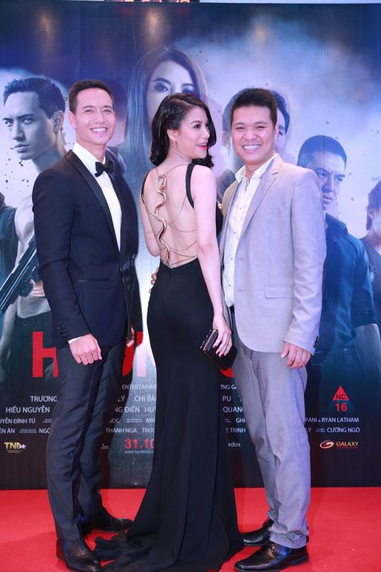 Trương Ngọc Ánh và nam diễn viên Việt kiều Kim Lý (trái), bạn diễn của cô trong phim Hương Ga